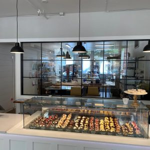 cql-The Cake Company 3